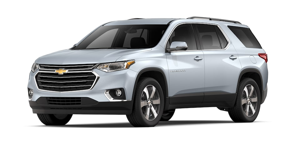 Chevrolet Traverse 2021 SUV para 8 pasajeros en color plata brillante
